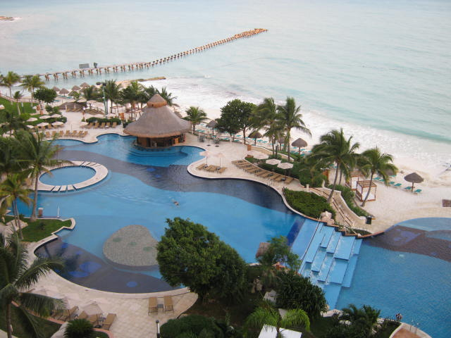 Tourist-Attractions-in-the-Cancun-Mexico-Tourismjpg
