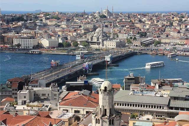 Galata_Bridge_from_Galata_Tower