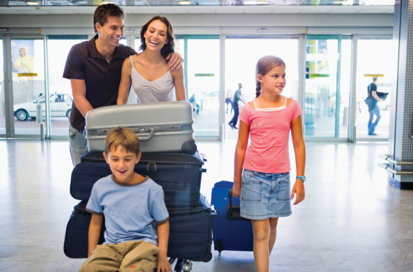 Tips_to_Follow_When_Traveling_with_Children