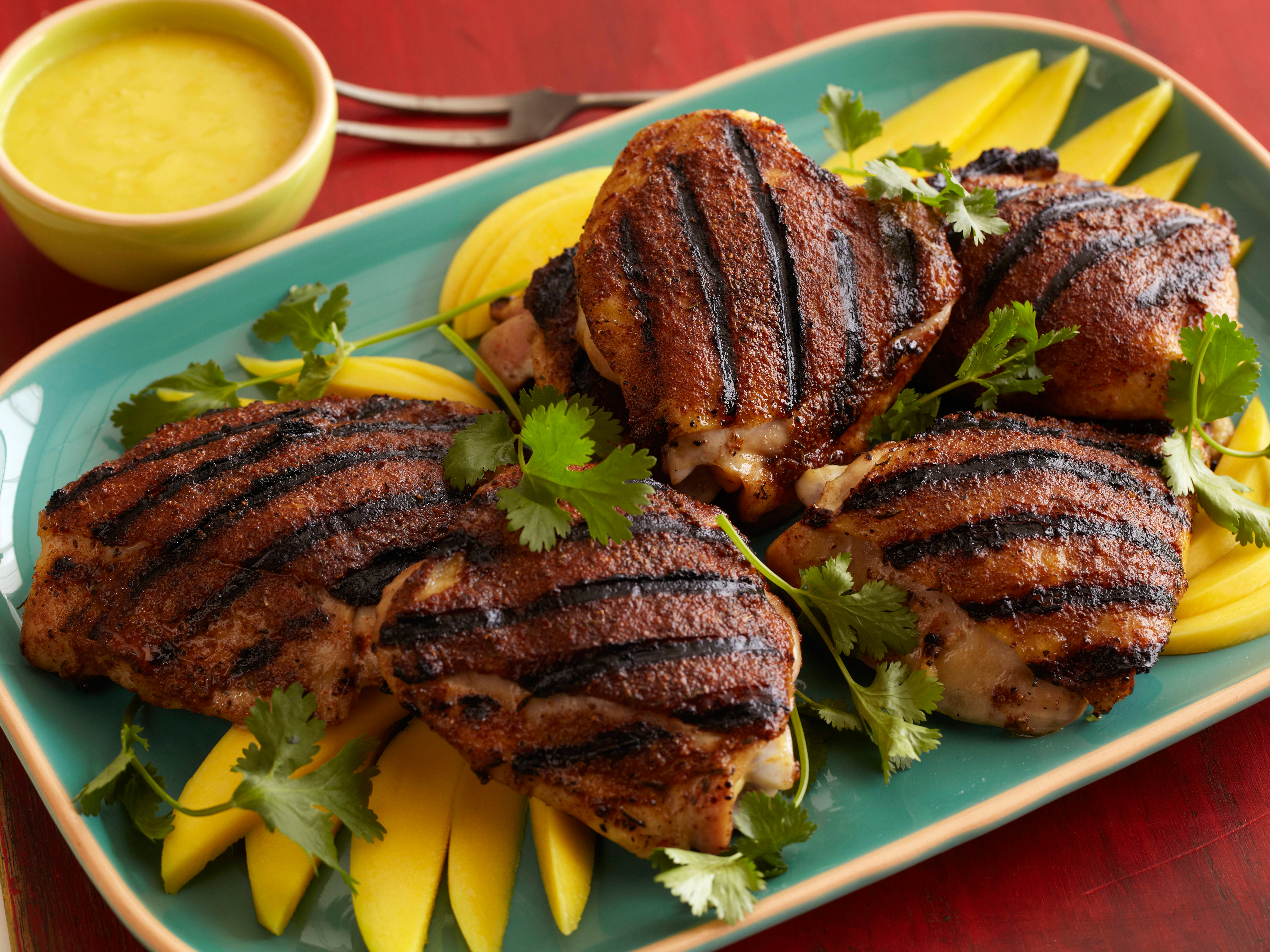 GL1A07_jerk-rubbed-chicken-thighs_s4x3